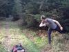 Schwieriger Stand,  wenn man ins Gebüsch wirft